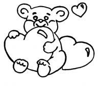 Распечатать раскраску для самых маленьких, мишка с сердечком