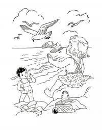 Раскраски дети дети отдыхают на берегу моря и сверху летают чайки